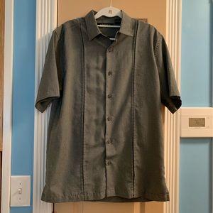 Axist Mens Short Sleeve Button-Front Shirt